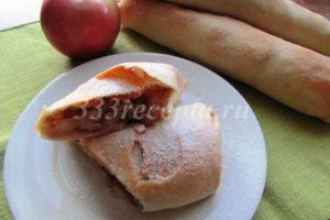 <p>Есть штрудель можно и горячим, но лучше дать ему поостыть и подавать его посыпав сахарной пудрой.</p>